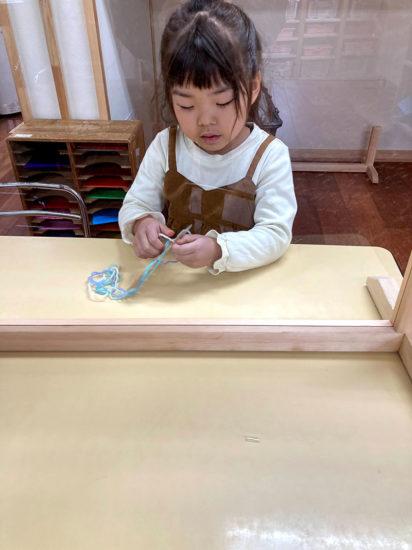 毛糸で制作